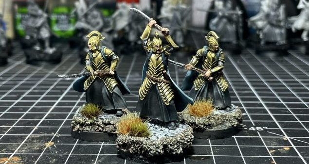 How to paint gold armour golden miniature figure fast